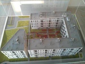 Nowe Czyżyny - budynek Orlińskiego 6 na makiecie