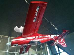 Wystawy w budynku Muzeum Lotnictwa Polskiego