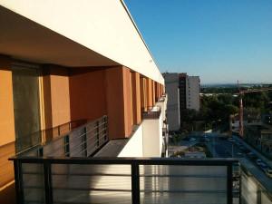 Widok z balkonu Avii 4 w Czyżynach