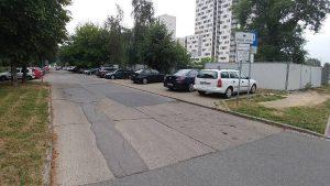 Droga do publicznej przychodni w Czyżynach na os. Dywizjonu 303